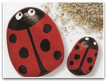 Ladybugs stone crafts, ladybug, ladybugs, ladybug pebbles, ladybug crafts, ladybug ideas, cute ladybugs, fun ideas, craft materials, craft shapes, craft ideas